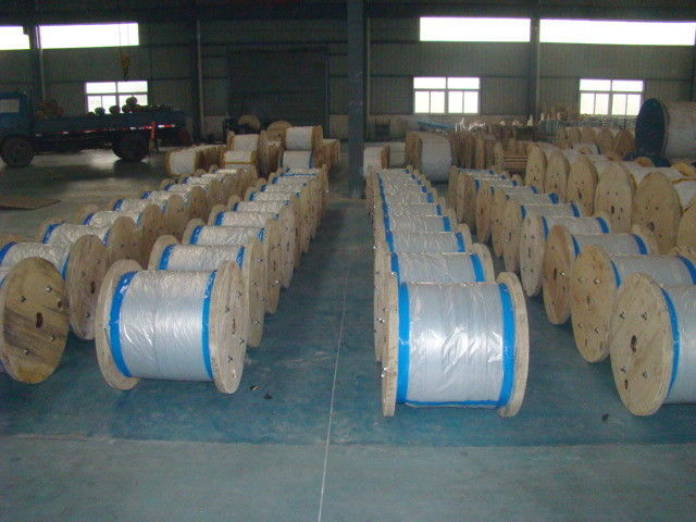 Water Resistance Galvanized Steel Wire Cable , Stranded Steel Wire 100 Kgs-300 Kgs Packing